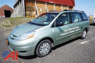 2008 Toyota Sienna CE 4 Door Van