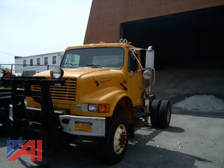 1993 International 4800 Cab and Chassis