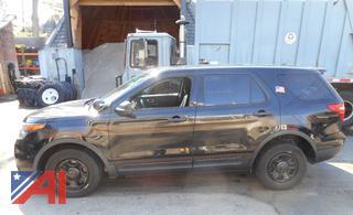 (Park) 2013 Ford Explorer SUV/Police Vehicle