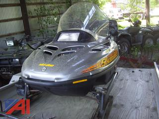 1998 SkiDoo Rotax 500 Snowmobile with Trailer