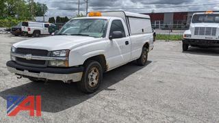 2004 Chevy Silverado 1500 Pickup Truck with Cap