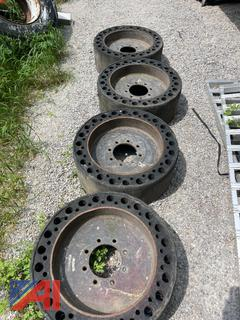 (#6) Gehl Skid Steer Solid Hard Rubber Tires