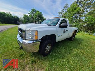 (#7) 2008 Chevy Silverado 2500HD Pickup Truck with Plow
