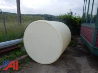 1000 Gal Vertical Plastic Tank