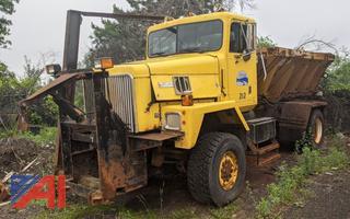 1998 International Paystar 5000 Sander Truck