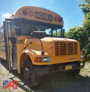 (#298) 2002 International/Bluebird 3800 School Bus