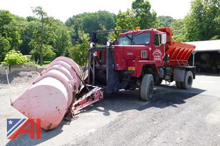 1985 International/Paystar 5000 Truck with Sander, Plow and Wing