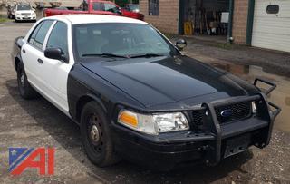 (#4) 2010 Ford Crown Victoria 4 Door/Police Interceptor