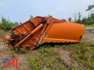 (#13) 2010 New Way 20 Yard Rear Load Garbage Truck Body