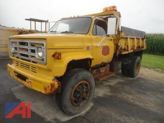 1989 GMC Diesel 7000 Dump Truck
