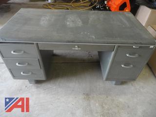 Yawman Steel Desk