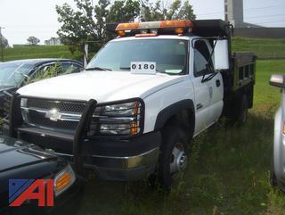 2004 Chevy Silverado 3500 Dump Truck (970J)