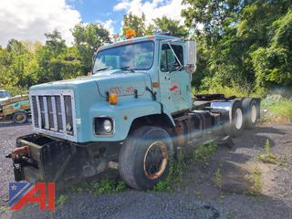 (SW-49) 1992 International 2674 Tractor