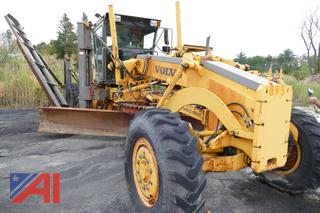 (#4) 2004 Volvo G726B Grader with Plow Wing