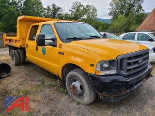 (#17) 2004 Ford F350 Super Duty 1 Ton Crew Cab Dump Truck