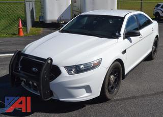 (#28) 2015 Ford Taurus 4 Door/Police Vehicle