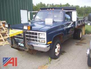 1989 Chevy 3500 Dump