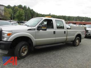 2012 Ford F250 Super Duty Crew Cab Pickup Truck with Lift Gate