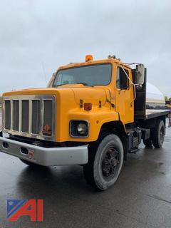 1986 International 2674 S Series Flatbed Truck
