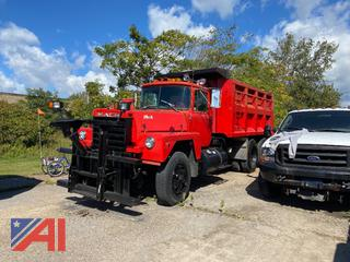 1988 Mack RD686S Dump Truck with Plow