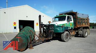 1998 Ford L9500 Dump Truck with Plow/H26