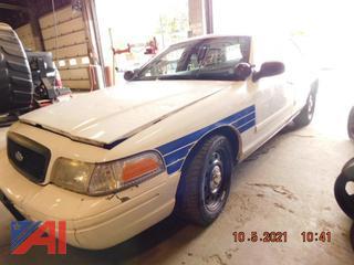 (#5765) 2011 Ford Crown Victoria 4 Door/Police Interceptor