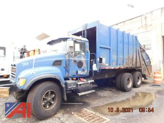 (#393) 2004 Mack CV713 Granite Garbage Truck