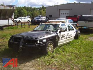 2005 Ford Crown Victoria Sedan (Parts Only)