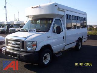 2014 Ford E350 Handicap Bus (2183)